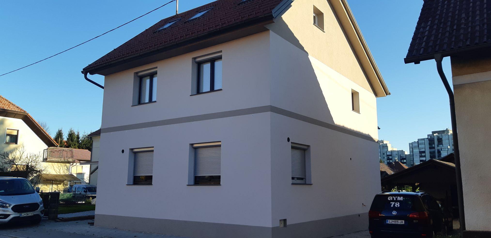 Obnova fasade z parapropustnim stiroporjem sr v Domzalah 2