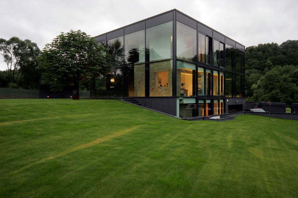 moderna fasada hiše - steklo